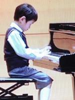 『ピアノの発表会で、上手に2曲弾くことができました!』 (5歳男の子)