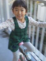 5歳の娘は1輪車に乗れるようになりました!