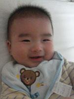 生後4カ月の息子はよく笑います!
